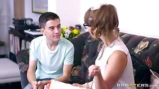 Young boy's threeway delights around Zoe Doll plus Ania Kinski