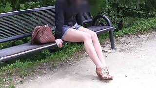 Dull 19 old girl does porn casting